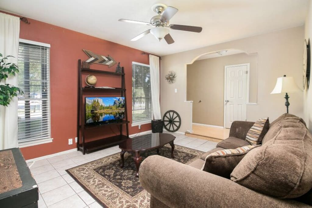 Front TV/family room