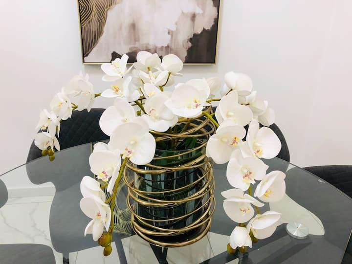 Bloom of Luxury