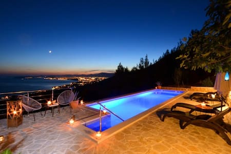 VILLA BELAVISTA-Podstrana,with stunning view