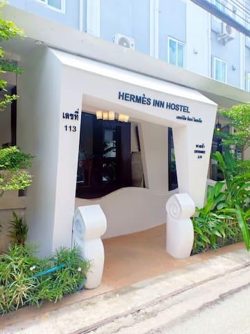 Hermes inn Deluxe