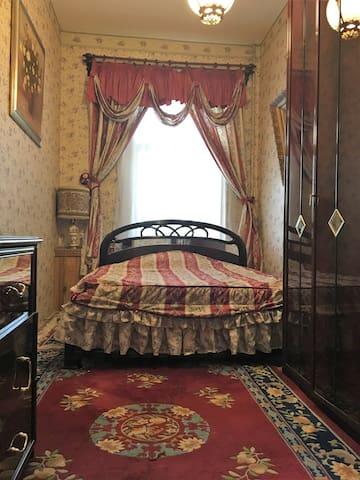 Fancy room near Kremlin to enjoy life in Moscow