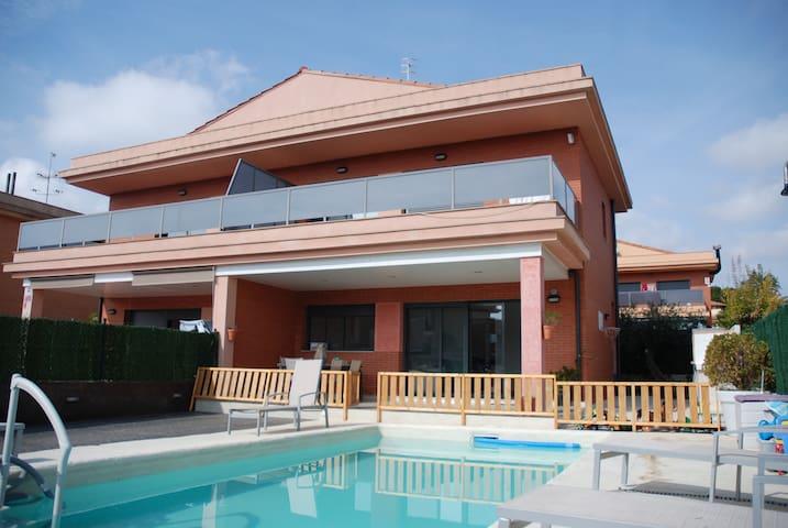 casa de Xavi - L'Ampolla - Stadswoning