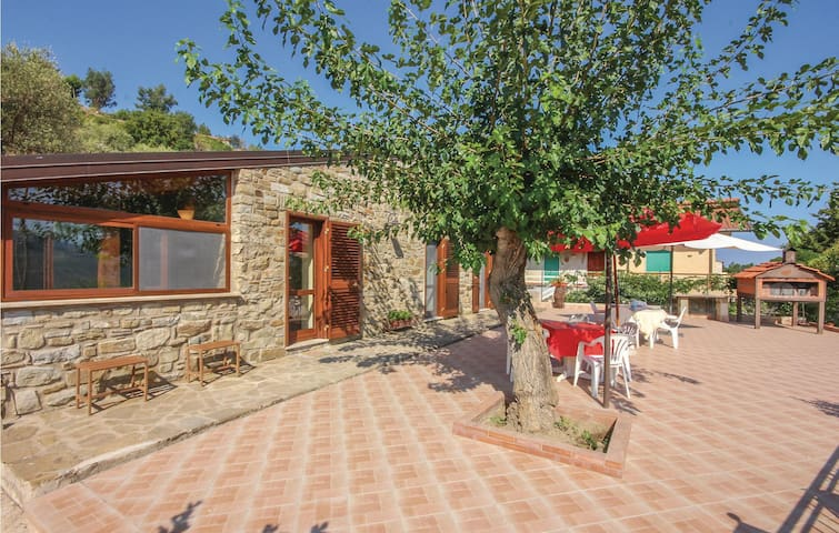 Holiday cottage with 2 bedrooms on 52m² in Perdifumo SA