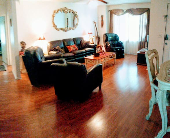Allergen free wood floors, Couch and chair recliners, Massage chair.