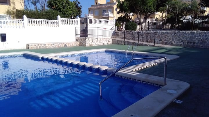 House with 4 bedrooms in Santa Pola, with shared pool and terrace - 900 m from the beach