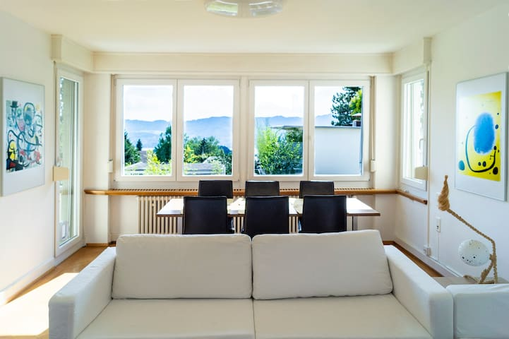 Sunny & quiet apartment, 20min from City center