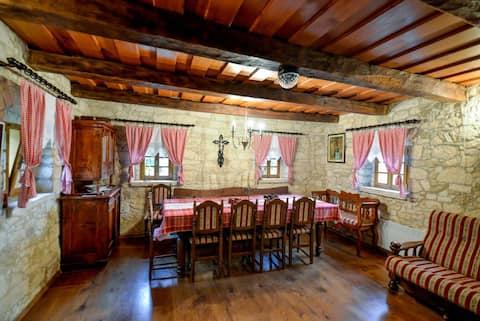 Kuća za odmor s pričom - Hiža Golubić