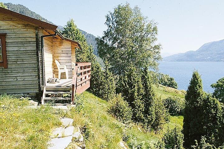8 person holiday home in NORDFJORDEID