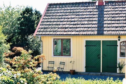 Accogliente pensione recentemente ristrutturata anno 1930 vicino a Göteborg