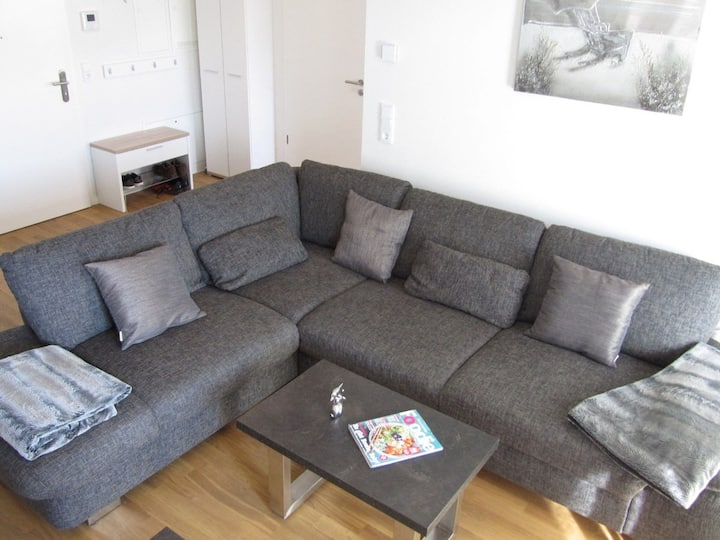 "Modern Apartment ""Moin am Meer"", with Balcony & Wi-Fi; Garage Available"