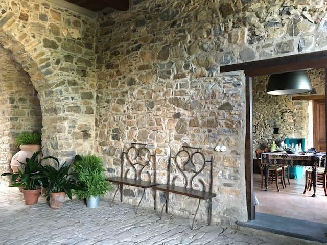 La Casa di Stio, three beds room with stone walls