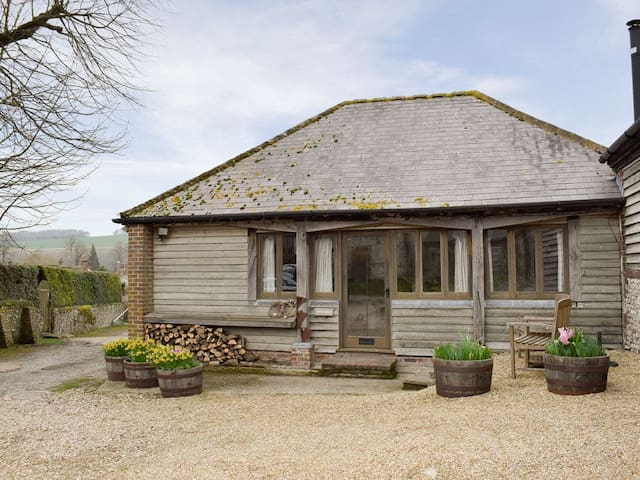 The Plough Shed- 24493 (24493)