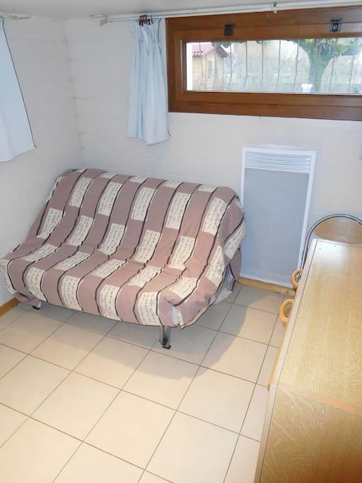 Canapé lit plié