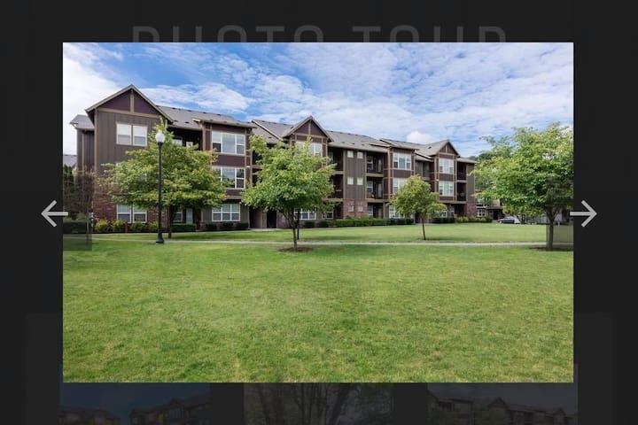 ORENO GORDONS APARTMENT, Hillsboro, Oregon 97124