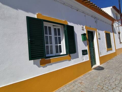Casa das Noivas-Quarto de Casal-Piscina a 200m