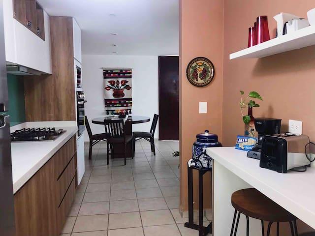 1 rst Floor Dwtn Cholula-Luxury Apartment...LV2