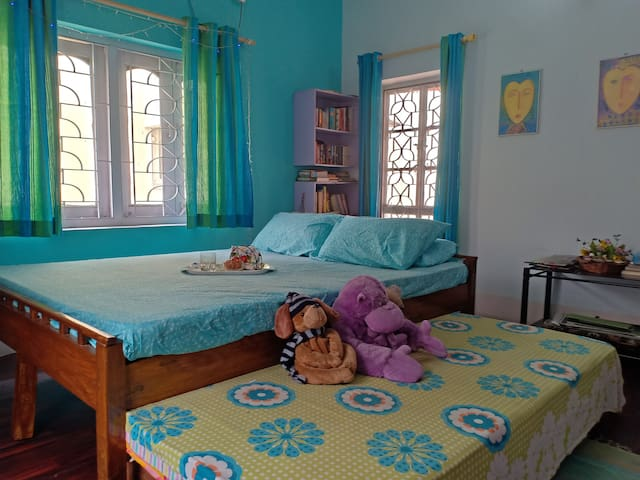 3 person accommodation with Juliet balcony