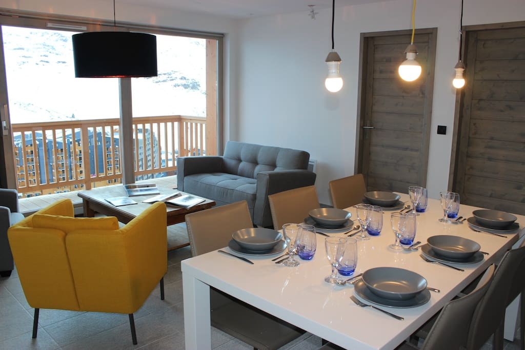 Chalet d 39 architecte vue exceptionnelle appartements for Chalet d architecte