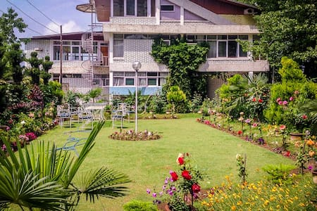 My Kashmir Home By My Home Suites - Srinagar - Dům