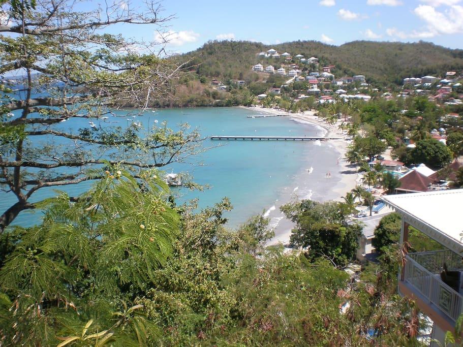 Vue sur la plage de l'Anse à l'Ane