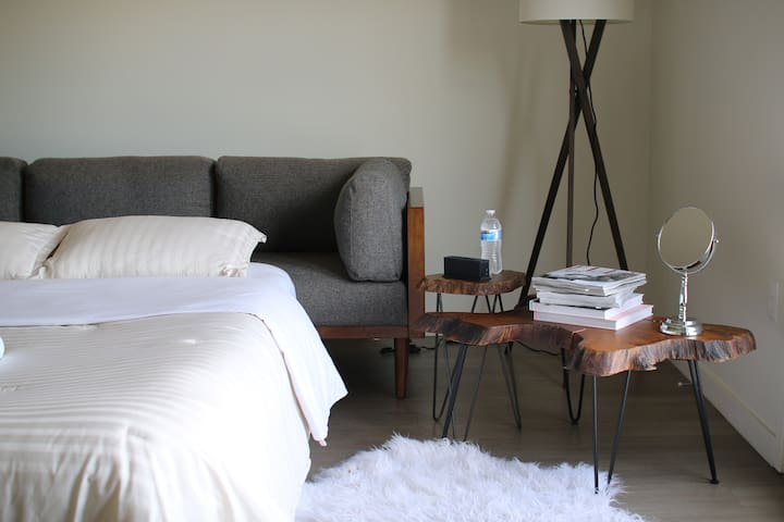 Luxury Apartment in Nob Hill (by Airport) - Albuquerque - Apartment