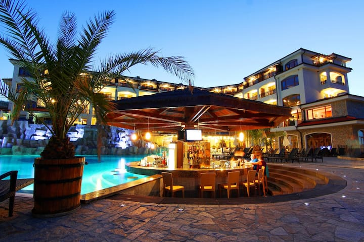 The Vineyards Spa Hotel -Double room - Aheloy - ที่พักพร้อมอาหารเช้า