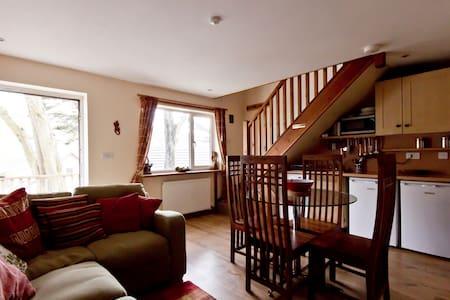 4 berth 2 bedroom house in Porthtowan, Cornwall - Porthtowan - Casa