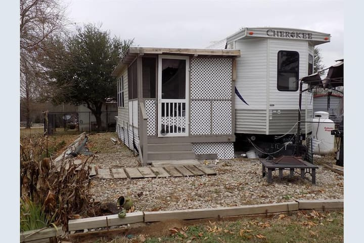 Vacation RV with room addition at Lake Fork