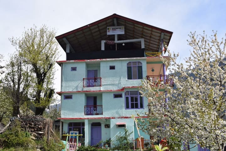Cozy Room |Destination of Peace Old Manali