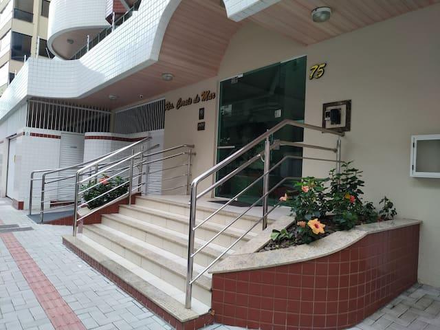 Apartamento Itapema suíte, dois quartos.
