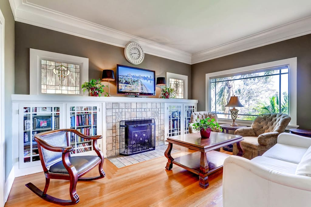 Batchelder Tile around the fireplace! ((Ernest Batchelder was famous as a maker of art tiles and as a leader in the American Arts and Crafts Movement))