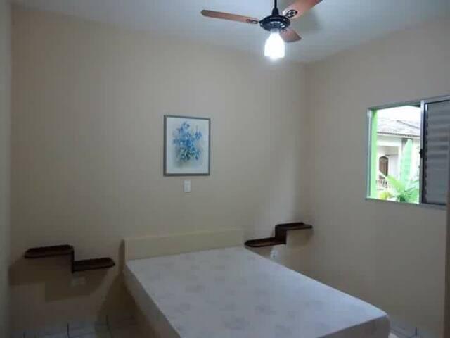 Apartamento para 8 pessoas ubatuba -maranduba