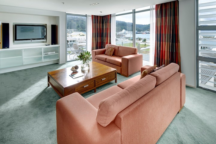 Picton Yacht Club Penthouse Apartment