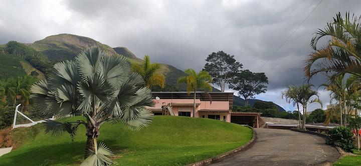 Casa em Alto Caparaó - MG - Sossego e Paz!