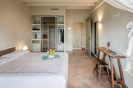 Filodivino Foresteria -   Luxury room with a view - San Marcello