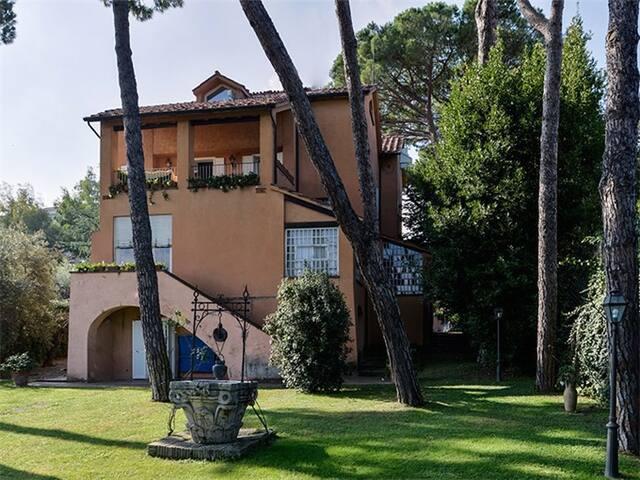 prestigiosa villa zona s. pietro - Roma - Villa