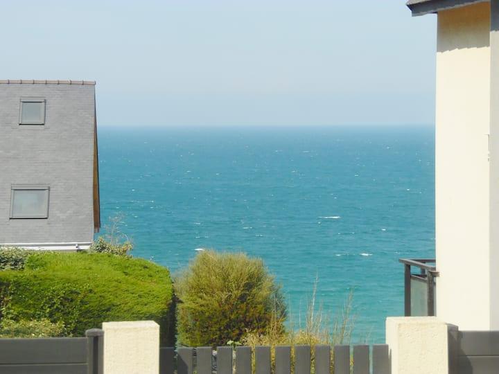 Studio avec vue sur mer quartier résidentiel calme