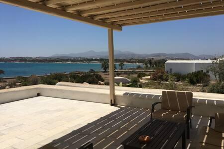 Villa Erato overlooking Santa Maria beach. - Santa Maria - Villa