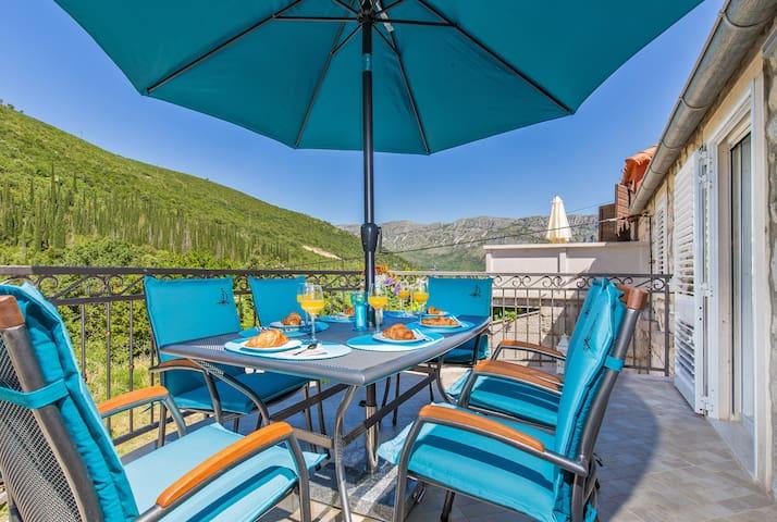 Villa Sweet Home-Elegant villa near Dubrovnik