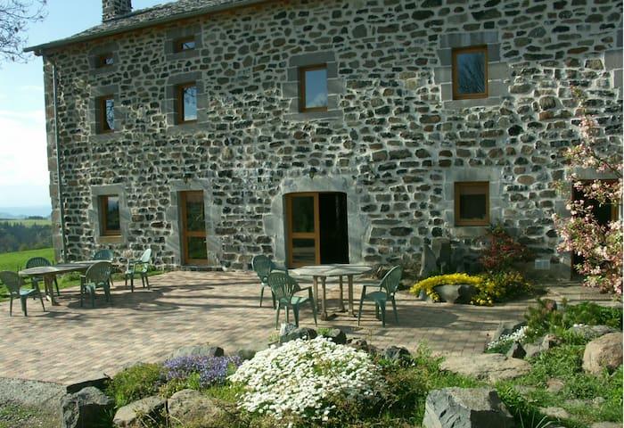 Gite de séjour l'Herminette - Saint-Front - House