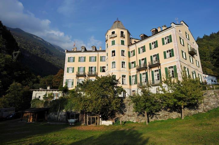 ALPENLOFT IM BERGELL - Bregaglia - Apartamento
