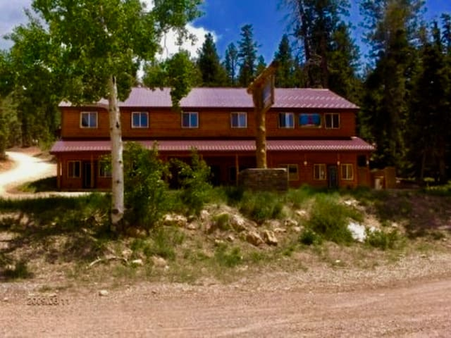 Fabulous Find/Nestled in the Pines/Bryce/ZionGem.1