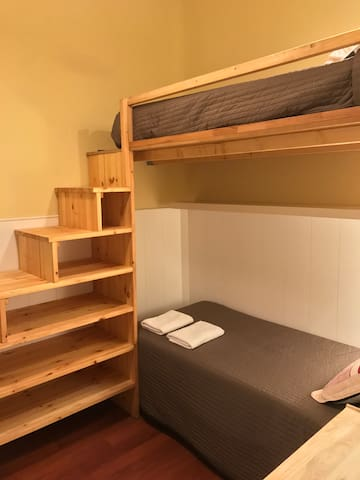 Bunk Bed Room close to Paseo de Gracia!