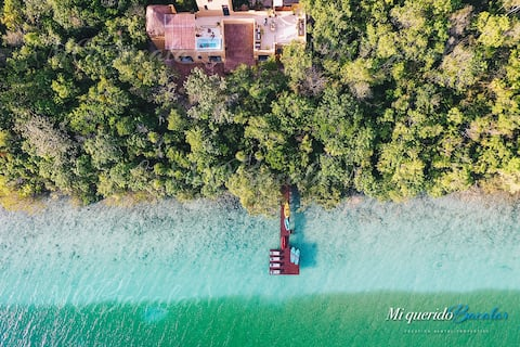 Tropical House in Bacalar with private jacuzzi!