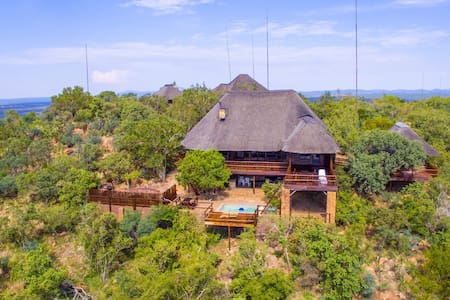 Private Bush Lodge set in Mabalingwe Game Reserve - Bela-Bela - Naturstuga