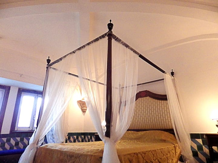 Deluxe Suite in Historical House - Alentejo