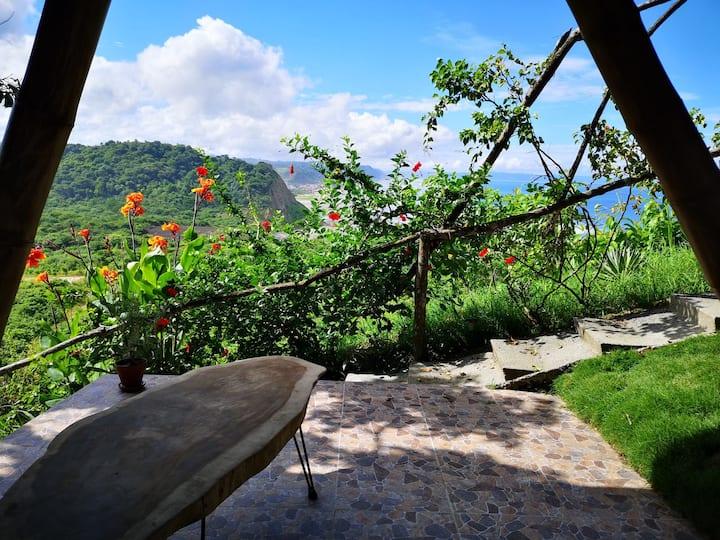 Apartment con vista hacia Canoa