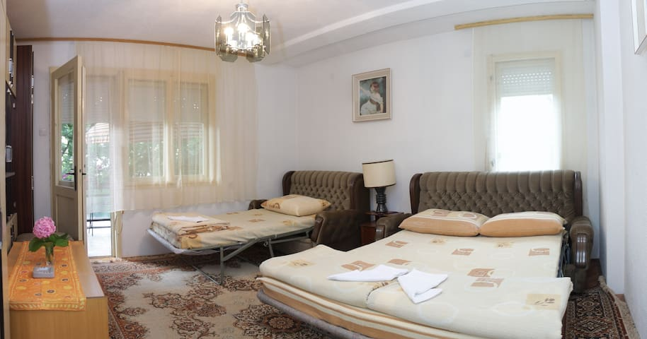 Triple room for vacation - Ohrid - House