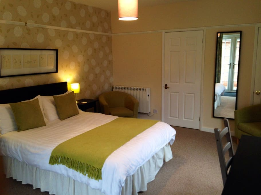 Room 3 - double en suite