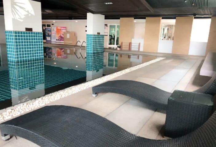 Cozy Modern Living Place JW @ DMK airport